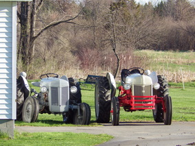 Would-Be Farm, tractors